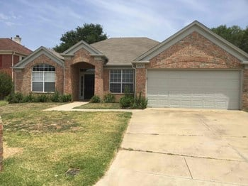 4715 CADILLAC Blvd 3 Beds House for Rent Photo Gallery 1