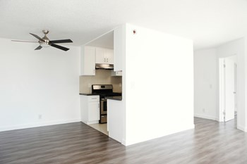 5837 Virginia LLC Studio-1 Bed Apartment for Rent Photo Gallery 1