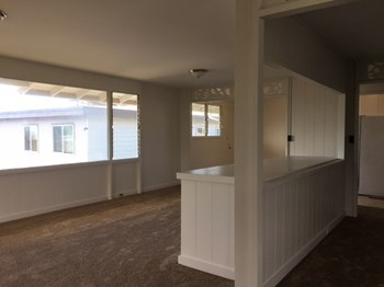937 18th Avenue 2-3 Beds Apartment for Rent Photo Gallery 1