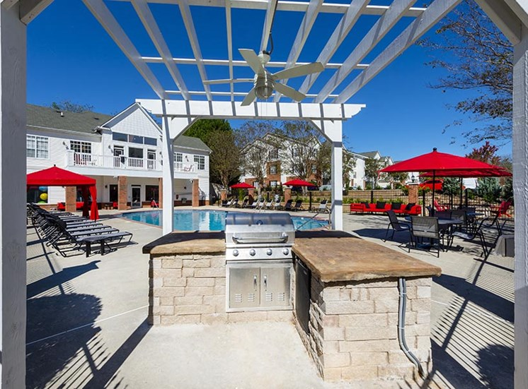 mainstreet at conyers pool and outdoor kitchen