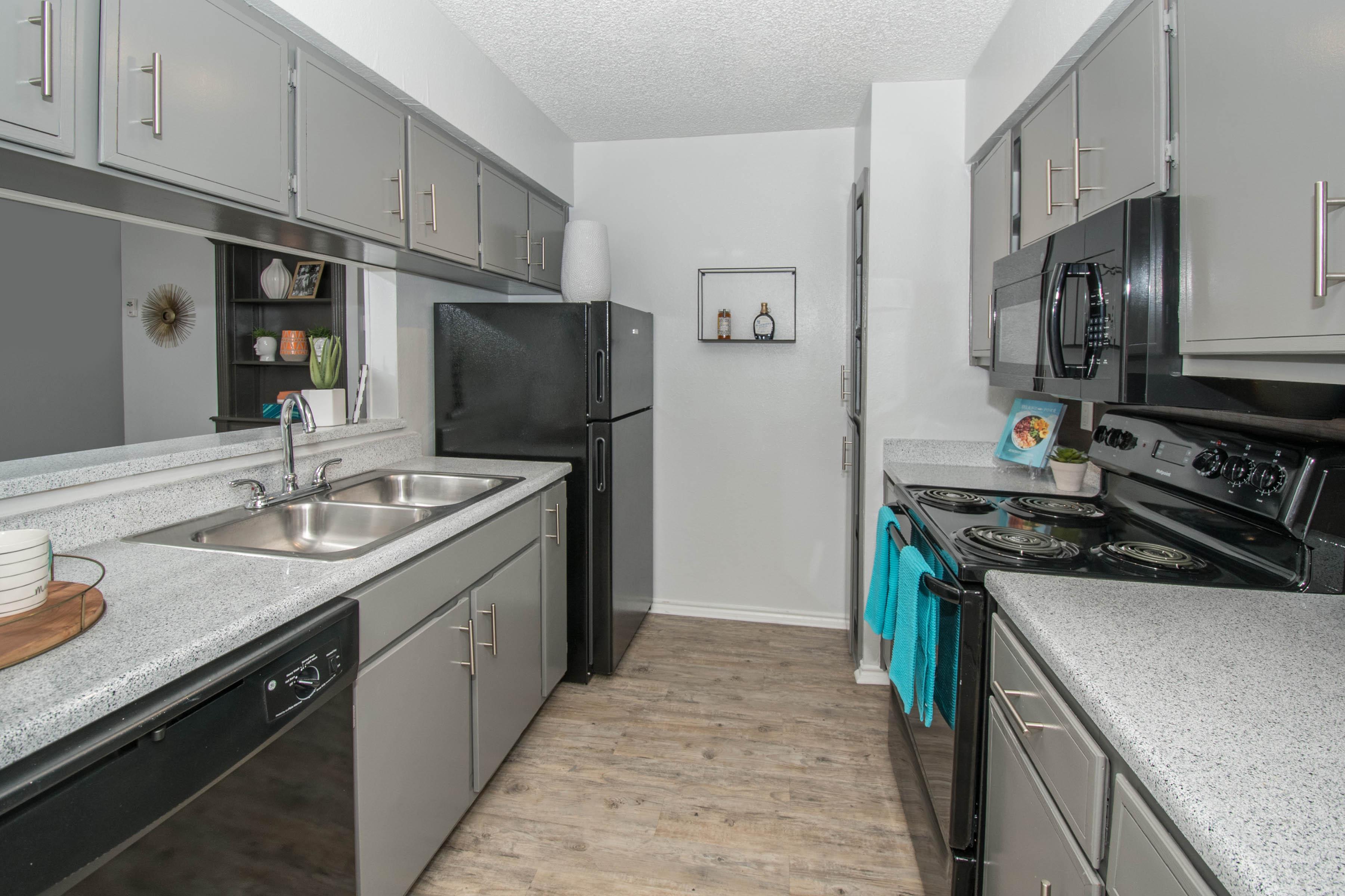 Modern Kitchen At The Lila@Oakgate Apartments, San Antonio, TX 78230