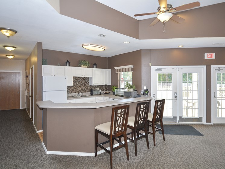 Clubhouse Kitchen with Breakfast Bar