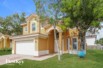 10977 SW 243 Lane 4 Beds House for Rent Photo Gallery 1