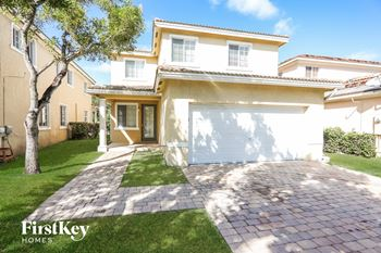 13972 Sw 272 Street 3 Beds House for Rent Photo Gallery 1