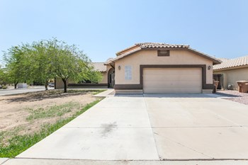 12720 N 86TH Ln 4 Beds House for Rent Photo Gallery 1