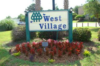 1645 N. Woodmere Drive 1-2 Beds Apartment for Rent Photo Gallery 1
