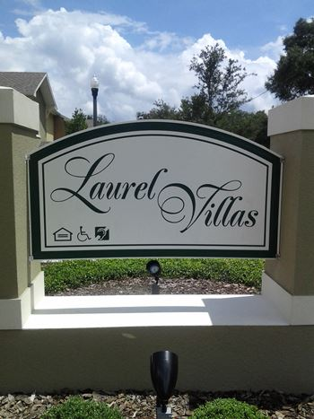 102 Laurel Villas Cir 2-3 Beds Apartment for Rent Photo Gallery 1