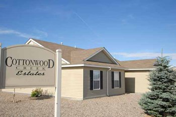 1615 Kiwi Street 4 Beds Apartment for Rent Photo Gallery 1