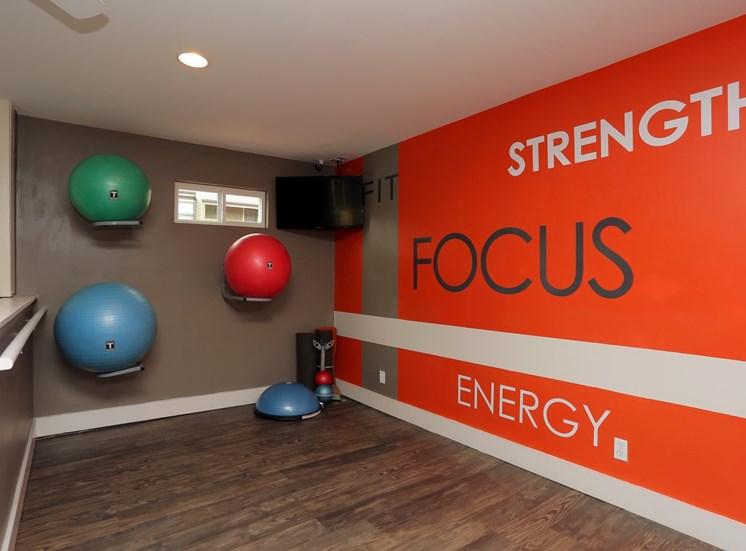 fitness center northwest oklahoma city apartments