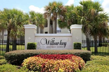 5590 Arnold Palmer Drive 2-4 Beds Apartment for Rent Photo Gallery 1