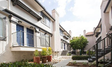 18641 Saticoy Street 2-3 Beds Apartment for Rent Photo Gallery 1