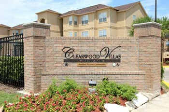 9465 Clearwood Drive 4 Beds Apartment for Rent Photo Gallery 1