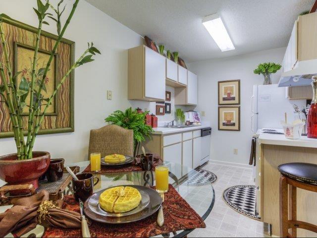 Classic Kitchen Design at Brannigan Village Apartments, Winston Salem