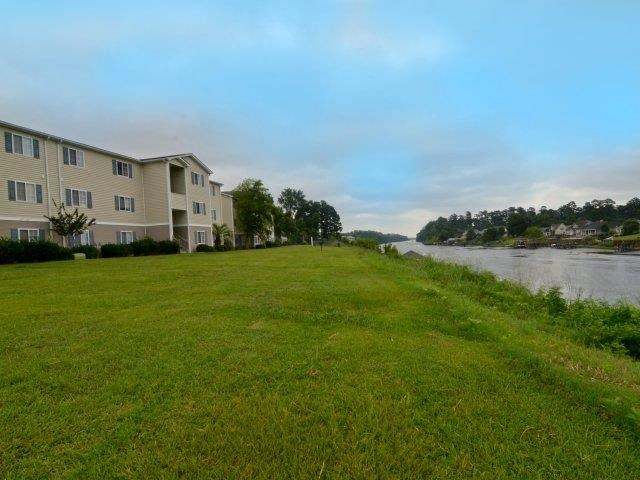 Outdoor Spaces at River Landing Apartments, Myrtle Beach, SC, 29579