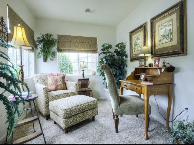 Living Space Interior Features at Ascot Point Village Apartments in Asheville, NC