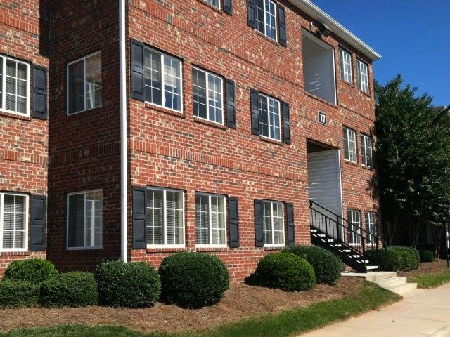 Beautiful Apartment Front Entrance With Brick Construction at Ascot Point Village Apartments, Asheville, 28803