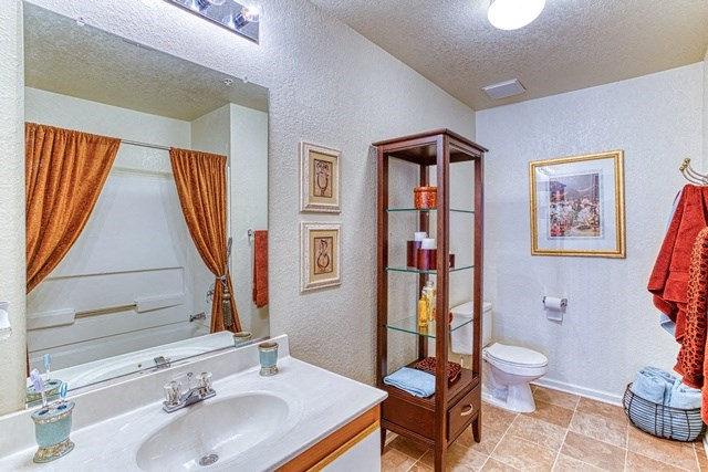 Clean and Spacious Bathroom at Copper Mill Village Apartments, High Point, NC, 27265