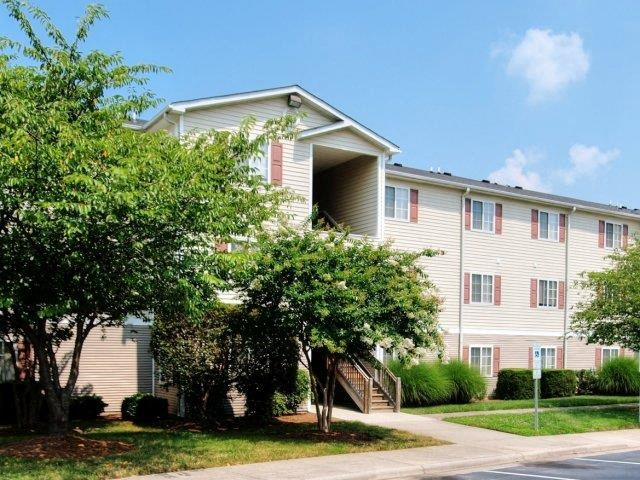 Apartment Complex Exterior at Broadstone Village Apartments, High Point, 27260