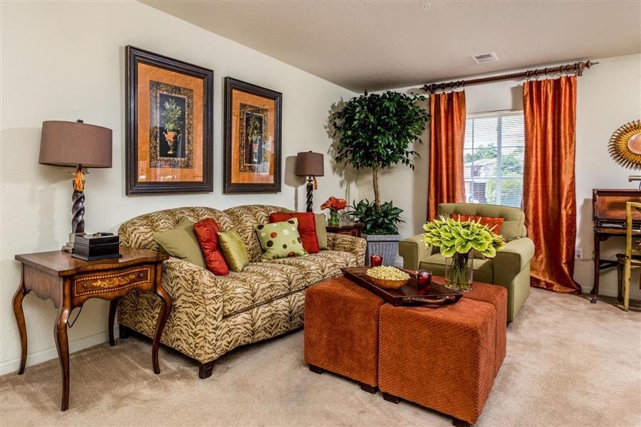 Apartment Rentals in Fayetteville, NC   Hidden Creek Village