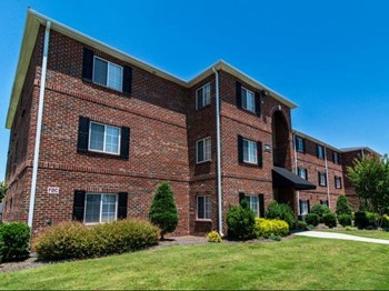 8100 Garners Ferry Road 3 Beds Apartment for Rent Photo Gallery 1