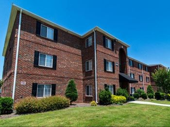 8100 Garners Ferry road 1-3 Beds Apartment for Rent Photo Gallery 1