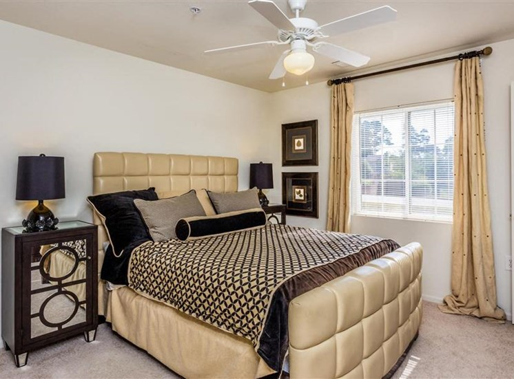 Cozy Bedrooms at Eagle Point Village Apartments, North Carolina