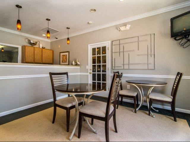 Community Lounge at Cedarcrest Village Apartments, South Carolina, 29072