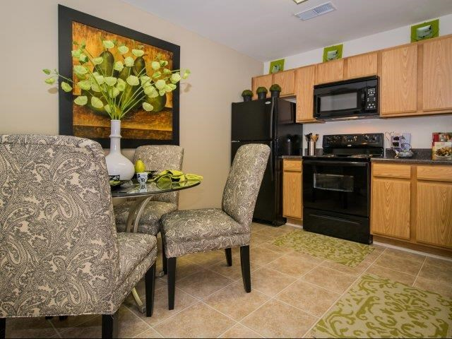 Granite Kitchen Worktops at Cedarcrest Village Apartments, South Carolina, 29072