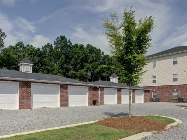 Rentable Garages with Remote Access at Boltons Landing Apartments