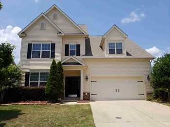 63 Sugarfield Ln 4 Beds House for Rent Photo Gallery 1