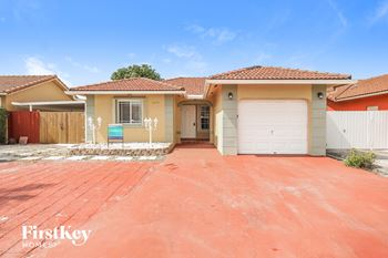 18254 SW 143 Pl 3 Beds House for Rent Photo Gallery 1