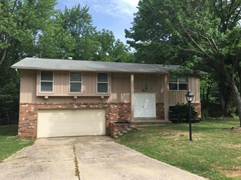 11 BROOKSHIRE Dr 3 Beds House for Rent Photo Gallery 1