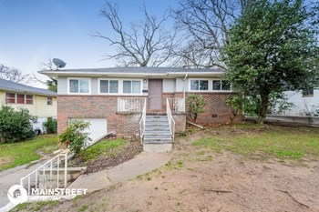 1017 50th St W 3 Beds House for Rent Photo Gallery 1