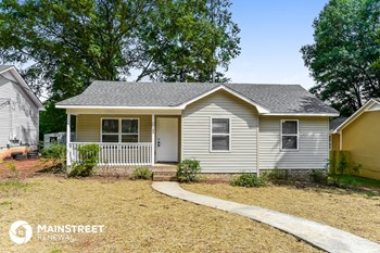 1045 25th Ave N 3 Beds House for Rent Photo Gallery 1