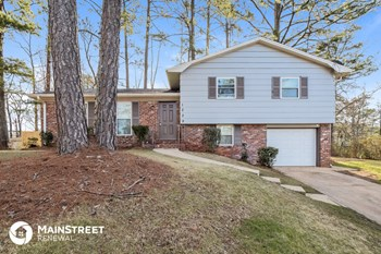 1209 Ware Blvd 3 Beds House for Rent Photo Gallery 1