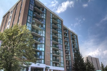 840 Sutton Mills Court 2 Beds Apartment for Rent Photo Gallery 1