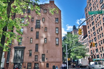 130 East 37th Street Studio-1 Bed Apartment for Rent Photo Gallery 1