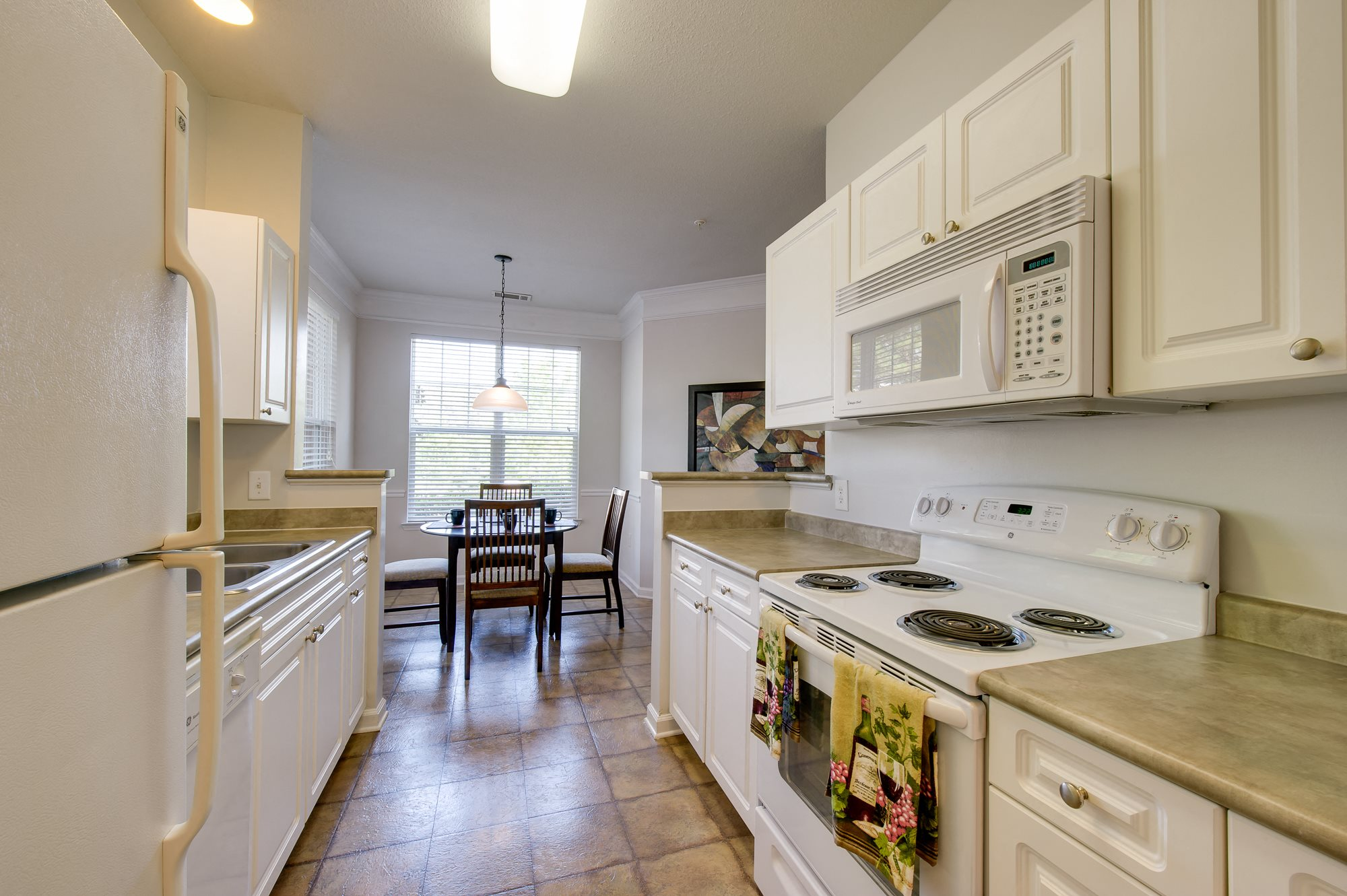 Kitchen at Falls Pointe Apartments