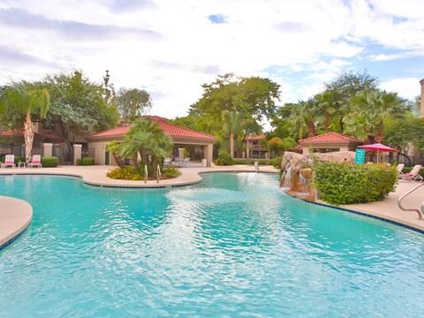 daytime pool shot