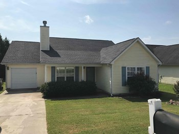 4045 Meadow Glen Way 3 Beds House for Rent Photo Gallery 1