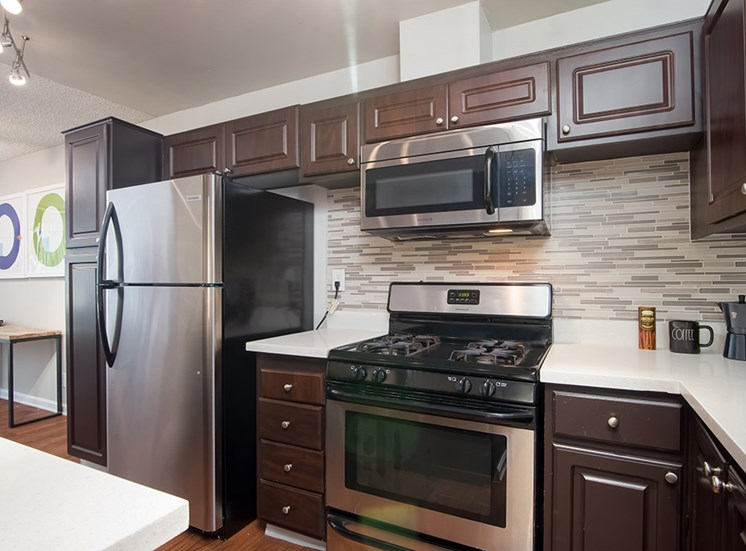 Fully Furnished Kitchen at Parc at 5 Apartments, Downey, 90240