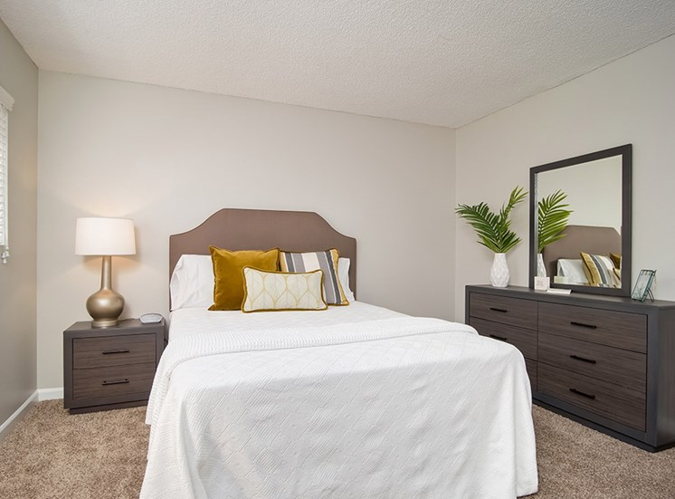 Comfortable Bedroom With Pillow at Parc at 5 Apartments, Downey, CA, 90240