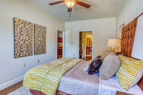 Large Bedroom En-Suite Bathroom at CityView Apartments, Greensboro