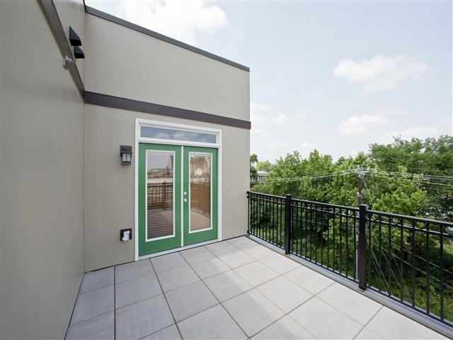 Large Balcony at CityView Apartments, North Carolina, 27406