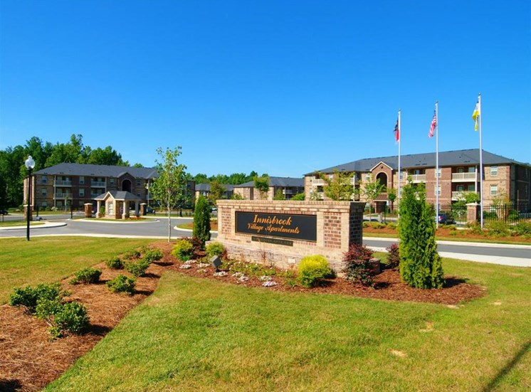 Grand Entrance at Innisbrook Village Apartments, Greensboro, NC