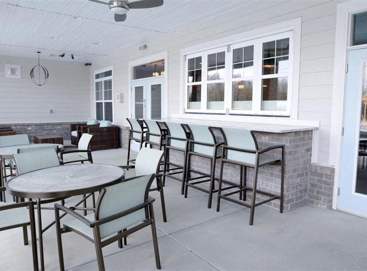 Outdoor Cafe at NorthPoint at 68, North Carolina