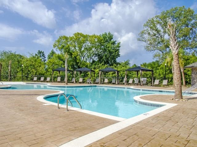 Sparkling Swimming Pool at Glass Creek Apartments, Mt Juliet, 37122
