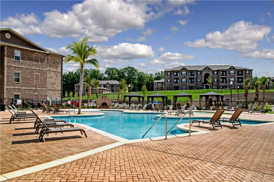 Pool Cabana & Outdoor Entertainment Bar at Heron Pointe, Nashville, Tennessee