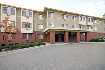 5500 N. 42nd Ave. 1 Bed Apartment for Rent Photo Gallery 1