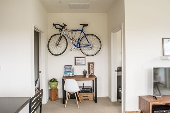 1601 N Jackson Street Studio-1 Bed Apartment for Rent Photo Gallery 1
